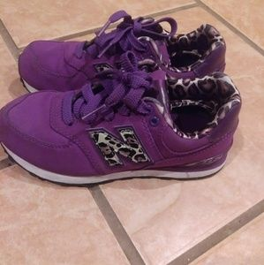 Size 13.5 girls new balance sneakers